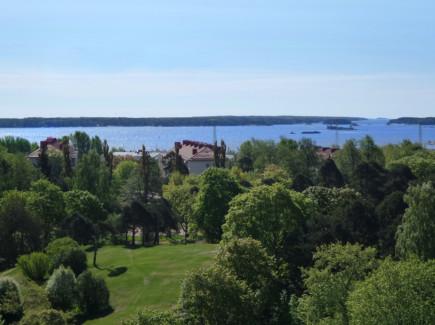Meri- ja puistokuva Kotkasta