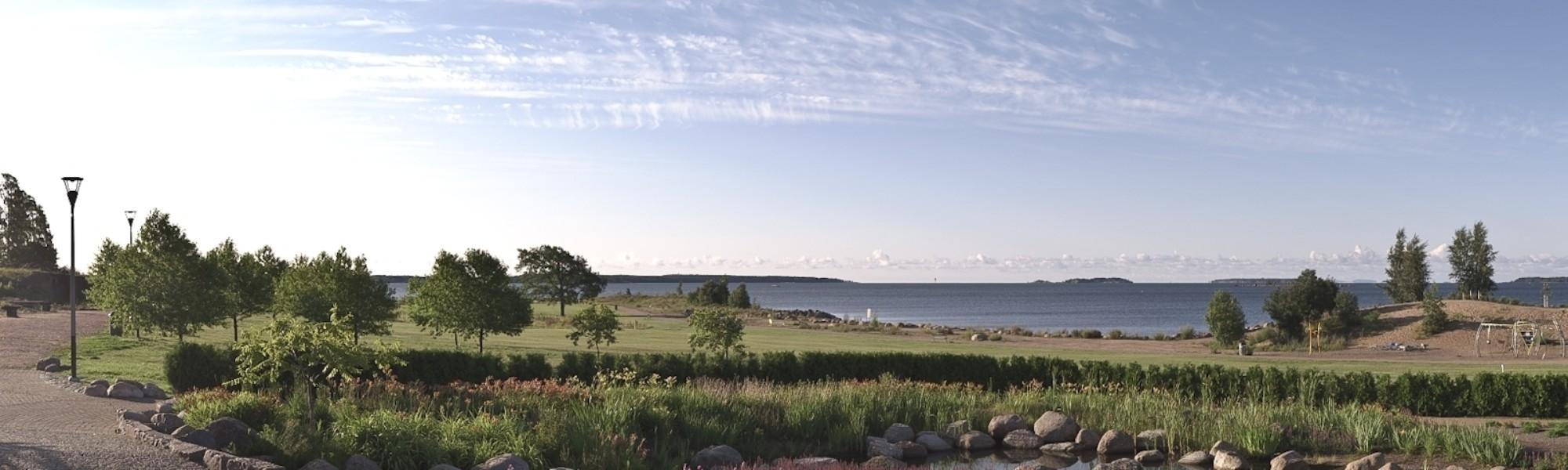 Kuvassa on Katariinan meripuisto