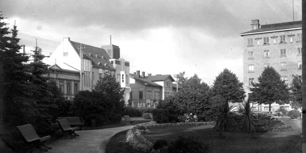 Vanhaa Kotkaa Sibeliuspuistossa