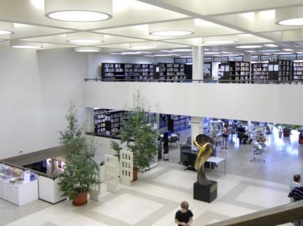 Kirjaston pääaula