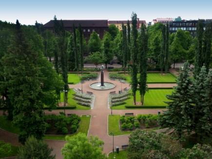 Kuvassa on Sibeliuksenpuisto