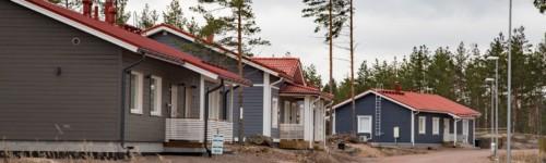 Kuvassa on Räskin asuinalue ja taloja