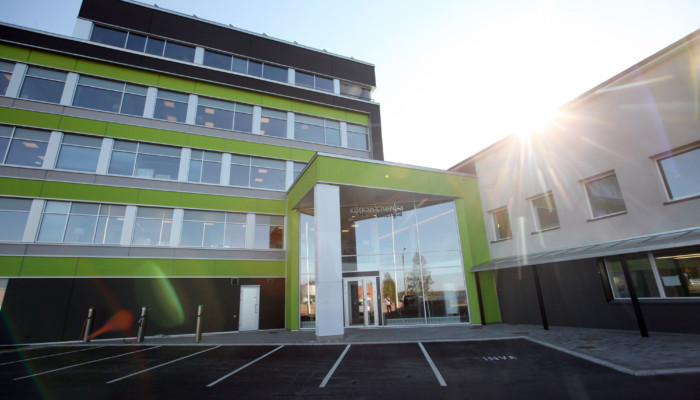 Kotkan Energian toimitalo Hovinsaarella