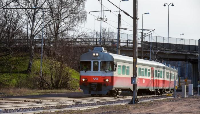 Matkustajajuna liikenteessä