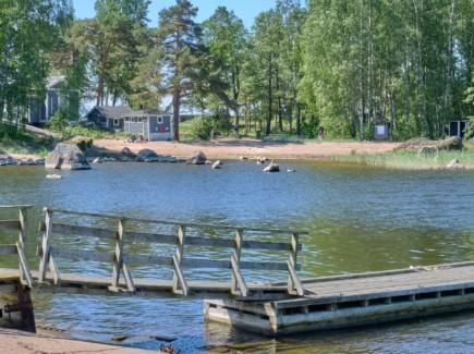 Varissaaren uimaranta