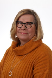 Kuvassa Anne Heikkilä