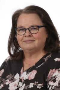 Kuvassa Tiina Montonen