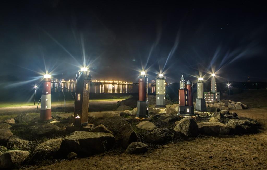Kuvassa on Katariinan meripuiston majakat